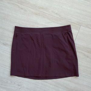 Kuhl skort maroon large skirt